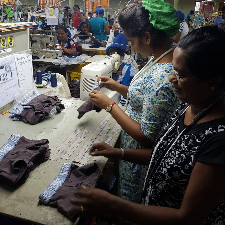 Qu'en est-il des conditions de travail de ceux qui travaillent au Sri Lanka ?
